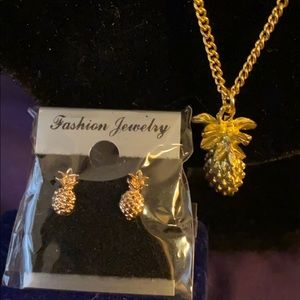 🔥NEW🔥 Pineapple Necklace & Earring Set